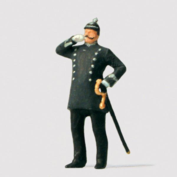 1900年ごろのベルリンの警察官 :プライザー 塗装済完成品 HO(1/87) 29071