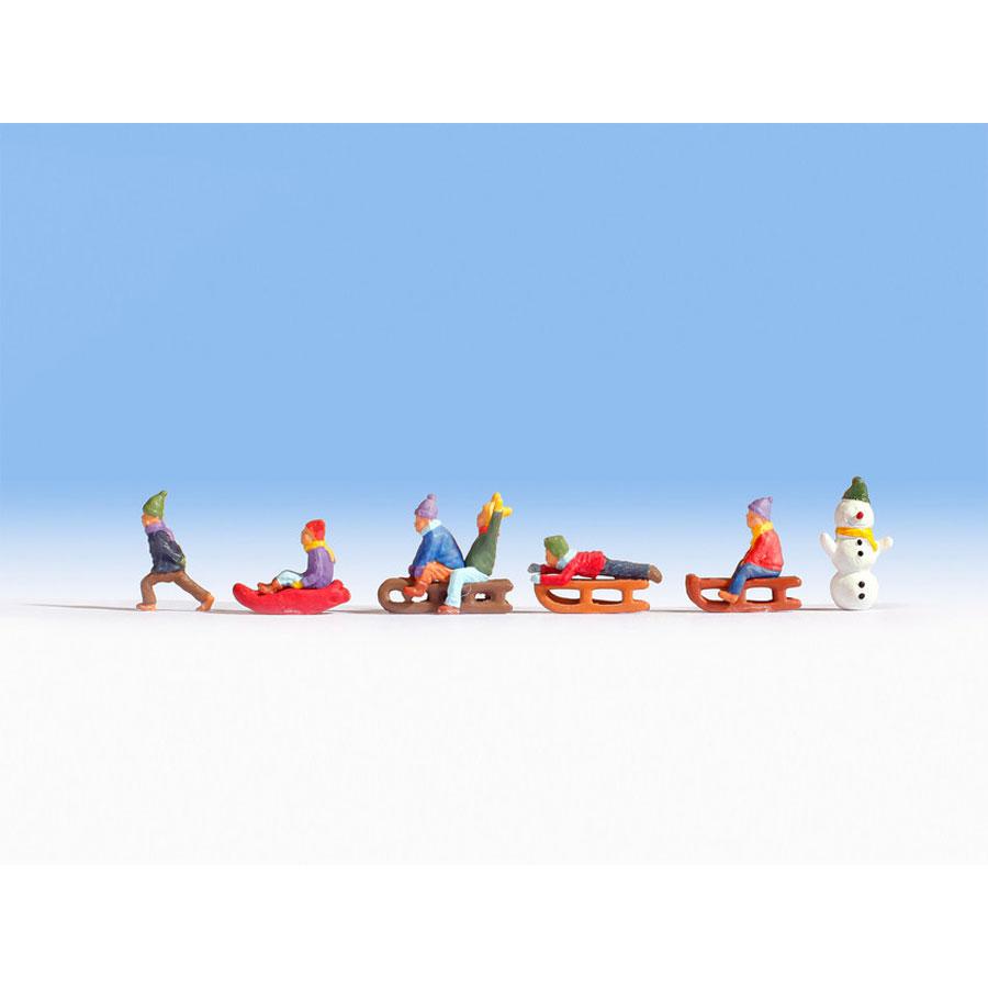 ソリで遊ぶ子供たち :ノッホ 塗装済完成品 HO(1/87) 15819