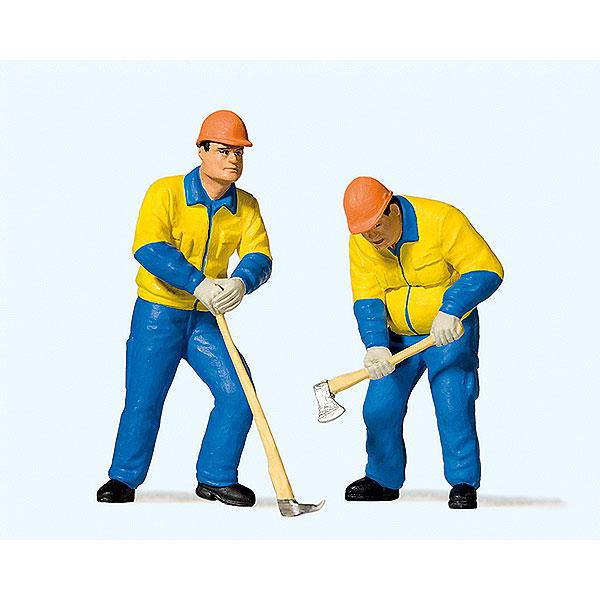 近代的な林業作業員(2) :プライザー 塗装済完成品 1/22.5スケール 44913