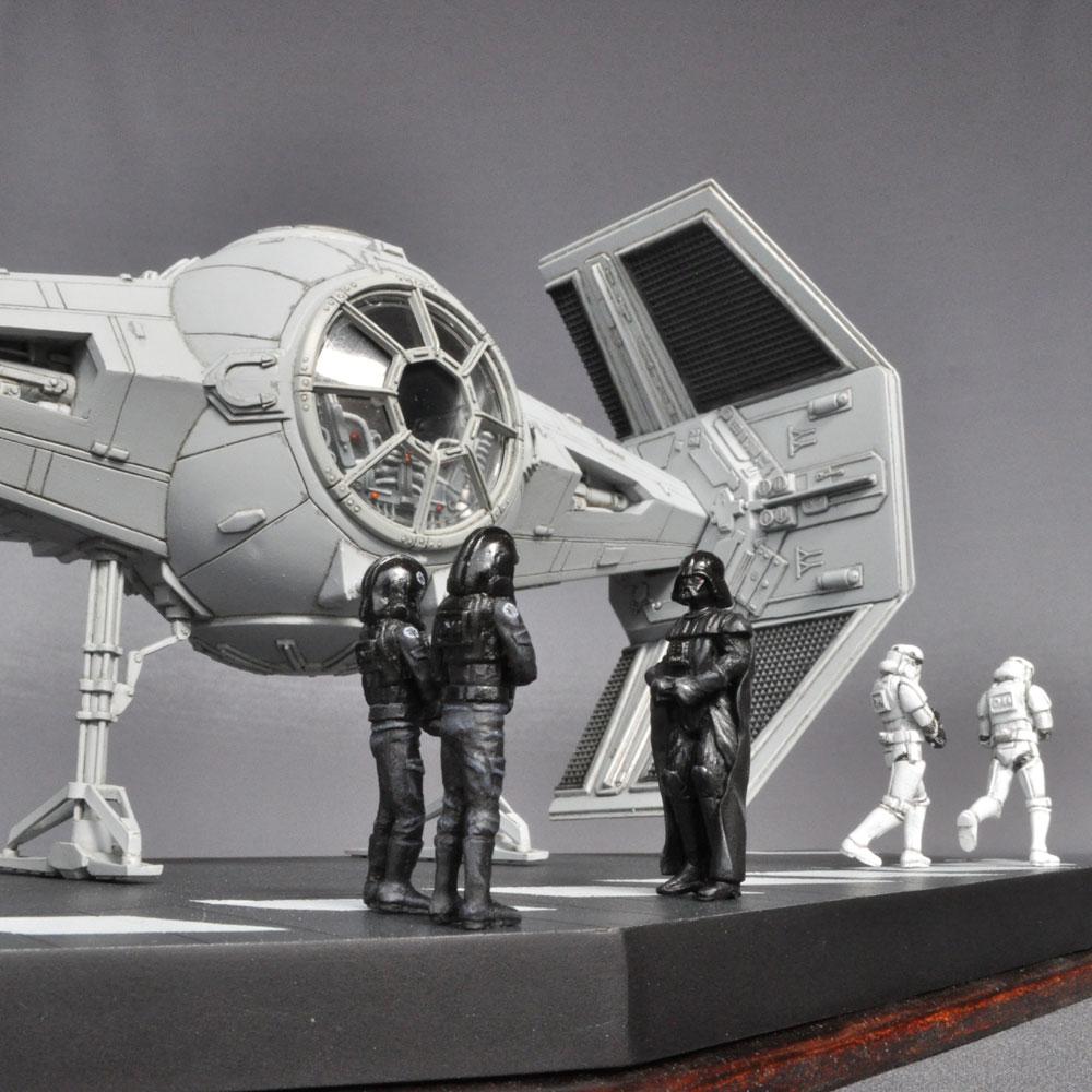 Darth Vader's TIE Fighter ダースベイダーのタイファイター :淺木紳士郎 塗装済完成品 1/36