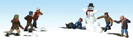 雪だるまと雪合戦の子供達 :ウッドランド 塗装済完成品 HO(1/87) 1894