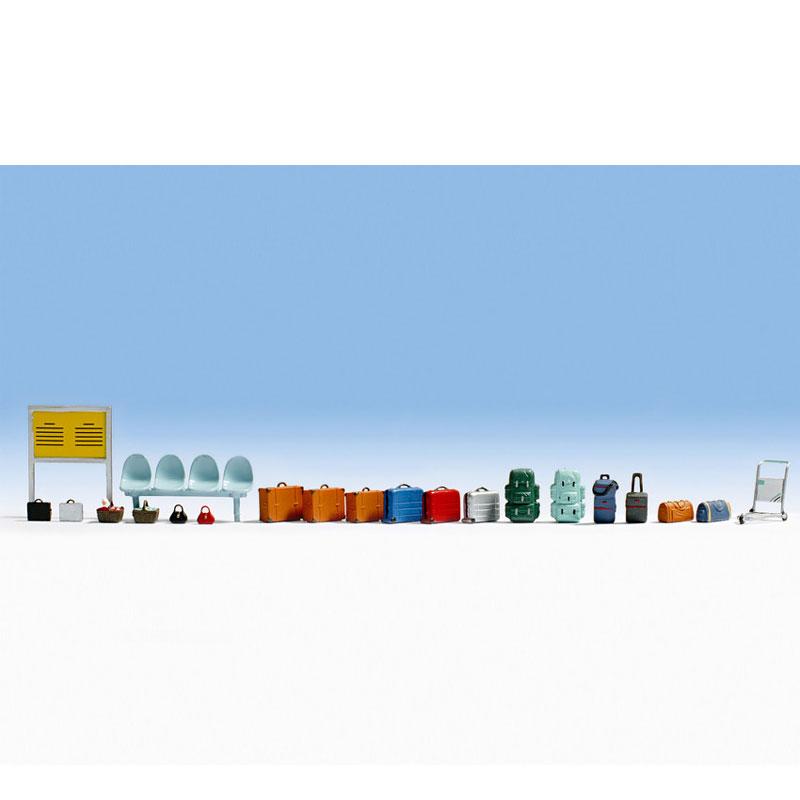 駅小物セット(ベンチ、スーツケースなど) :ノッホ 塗装済完成品 HO(1/87) 14810