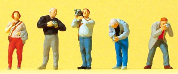 カメラを構える人たち :プライザー 塗装済完成品 N(1/160) 79210
