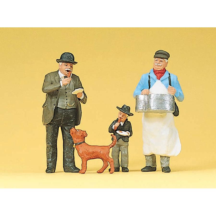 ソーセージを売る男と客(犬付き) :プライザー 塗装済完成品 1/22.5 45059