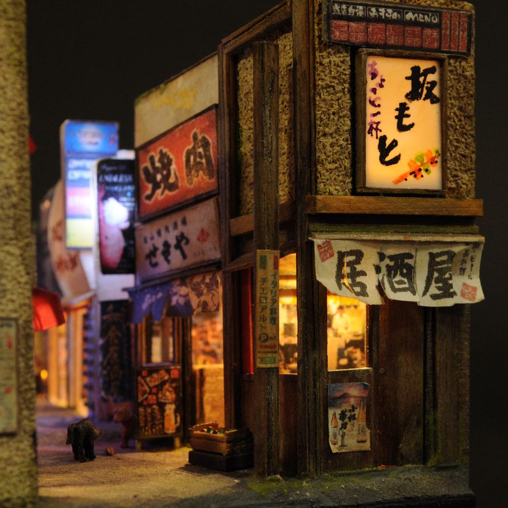 90ミリキューブミニチュア 「飲兵衛横丁・特盛」 :太郎 塗装済完成品 ノンスケール