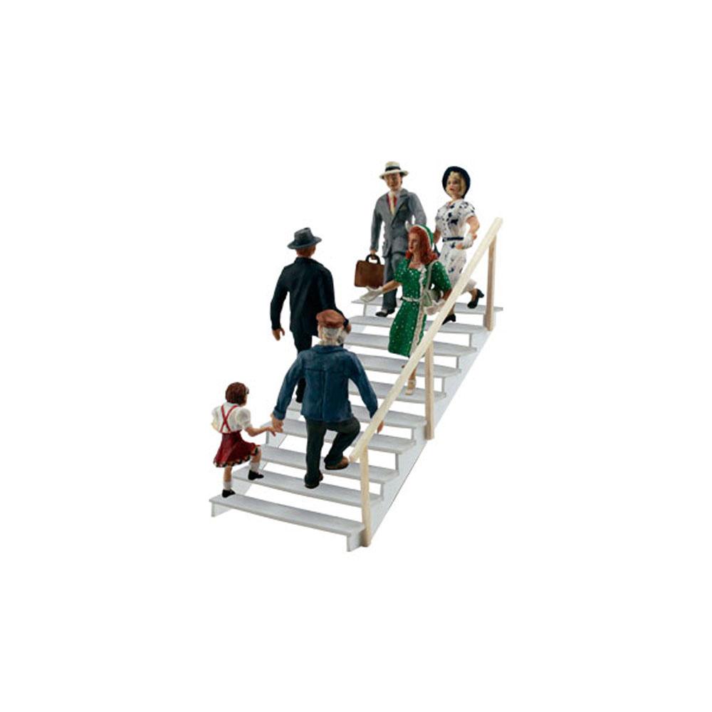 階段を行き交う人々 :ウッドランド 塗装済完成品 HO(1/87) 1954