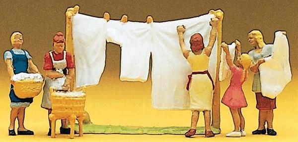洗濯をする人たち :プライザー 塗装済完成品 HO(1/87) 10050