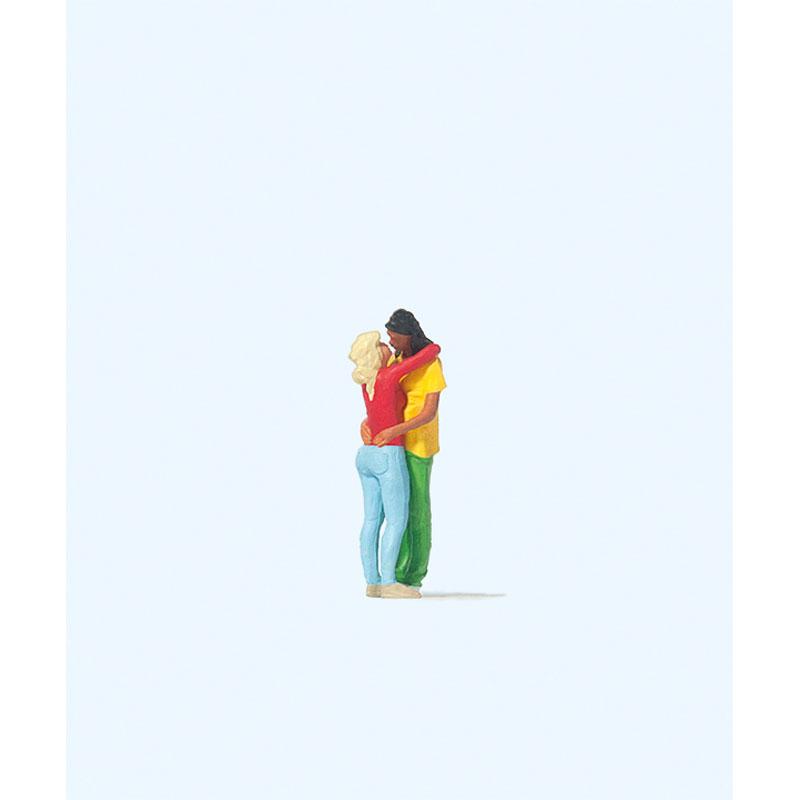 キスするカップル :プライザー 塗装済完成品 HO(1/87) 28227