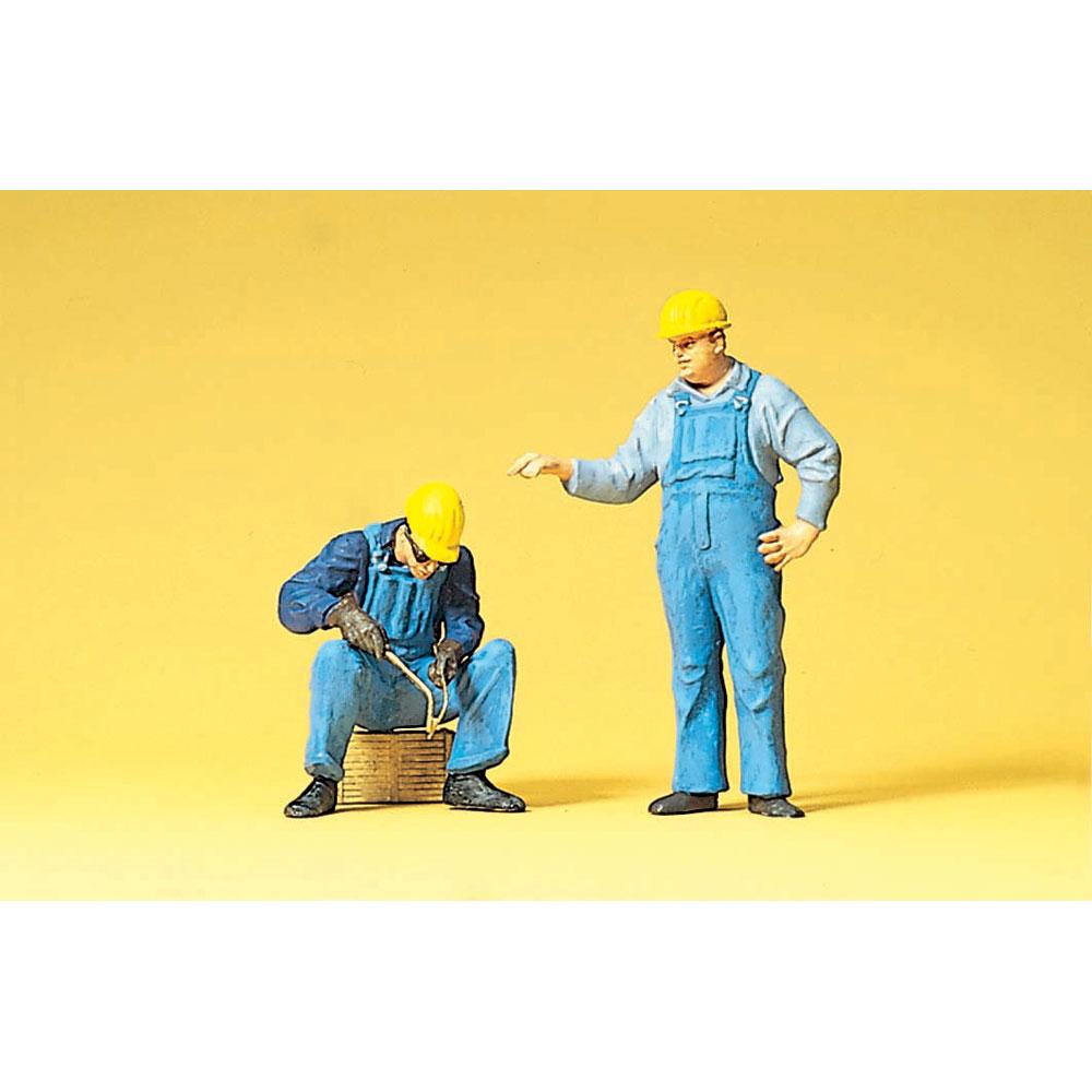 溶接作業をしている労働者 :プライザー 塗装済完成品 1/22.5  45076