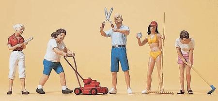 庭を手入れする人達 :プライザー 塗装済完成品 HO(1/87) 10464
