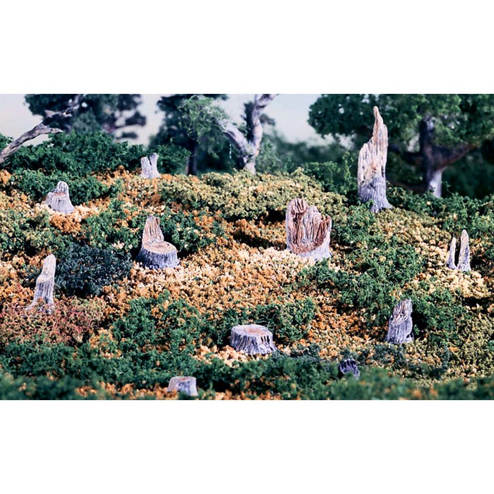 木の切り株(14個入り) :ウッドランド 未塗装キット HO(1/87) S31