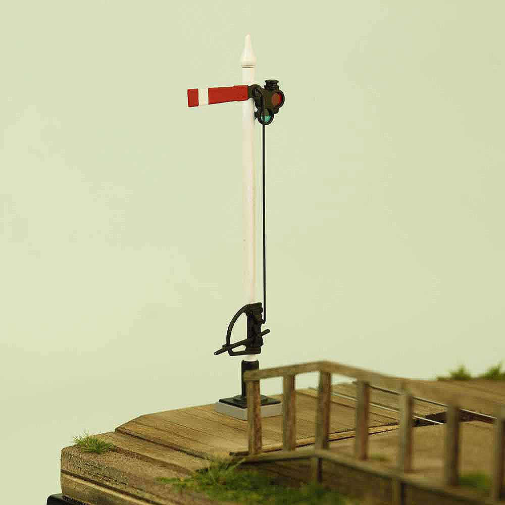「くらたぐち」(腕木信号機付き) :工房ナナロクニ 塗装済完成品 1/87(HOナロー) 3006