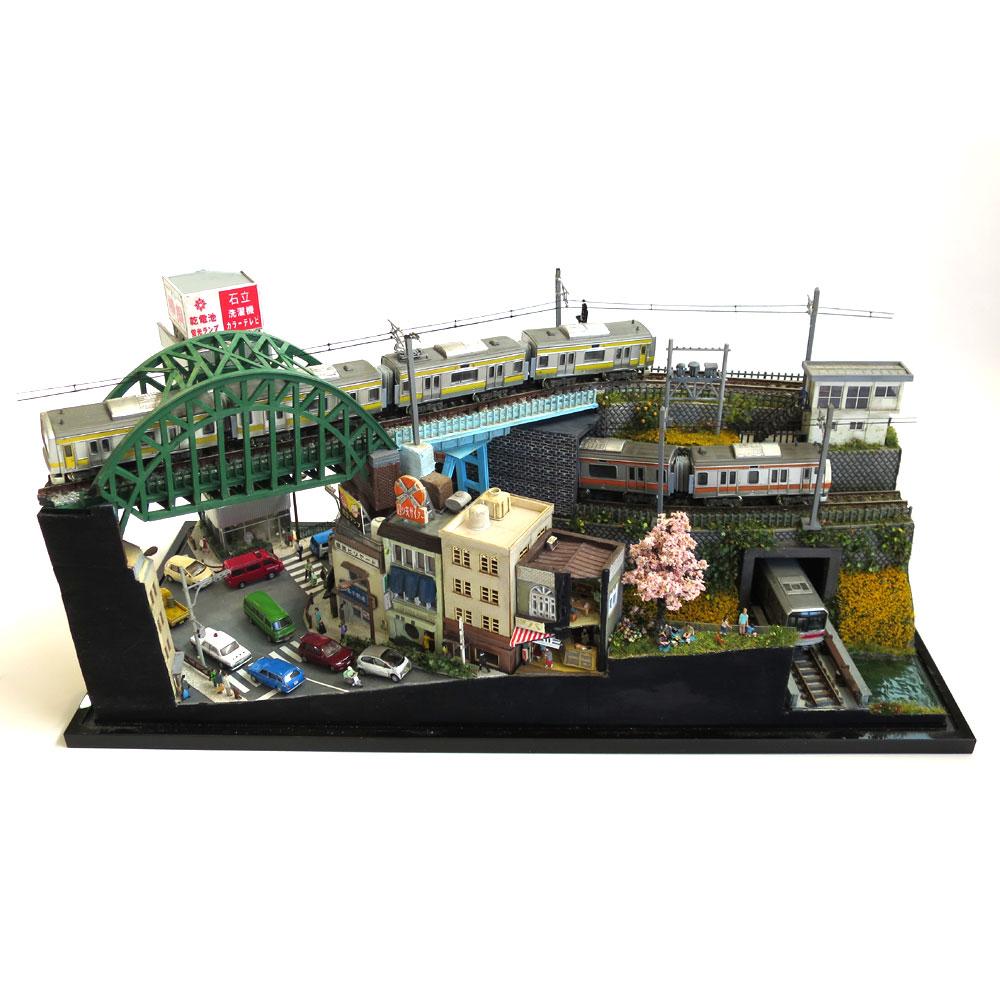 神田川と電車2 :石川宜明 塗装済完成品 1/150 スケール