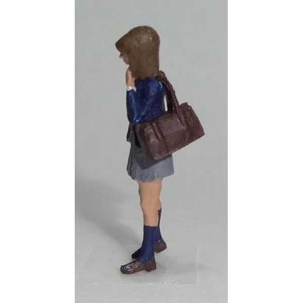 高校生 女子(現代版・覗き込む) :Kt工房 塗装済完成品 HO(1/80) A02H-80