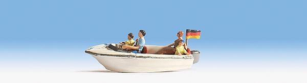 モーターボートに乗った家族 :ノッホ 塗装済完成品 HO(1/87) 16820