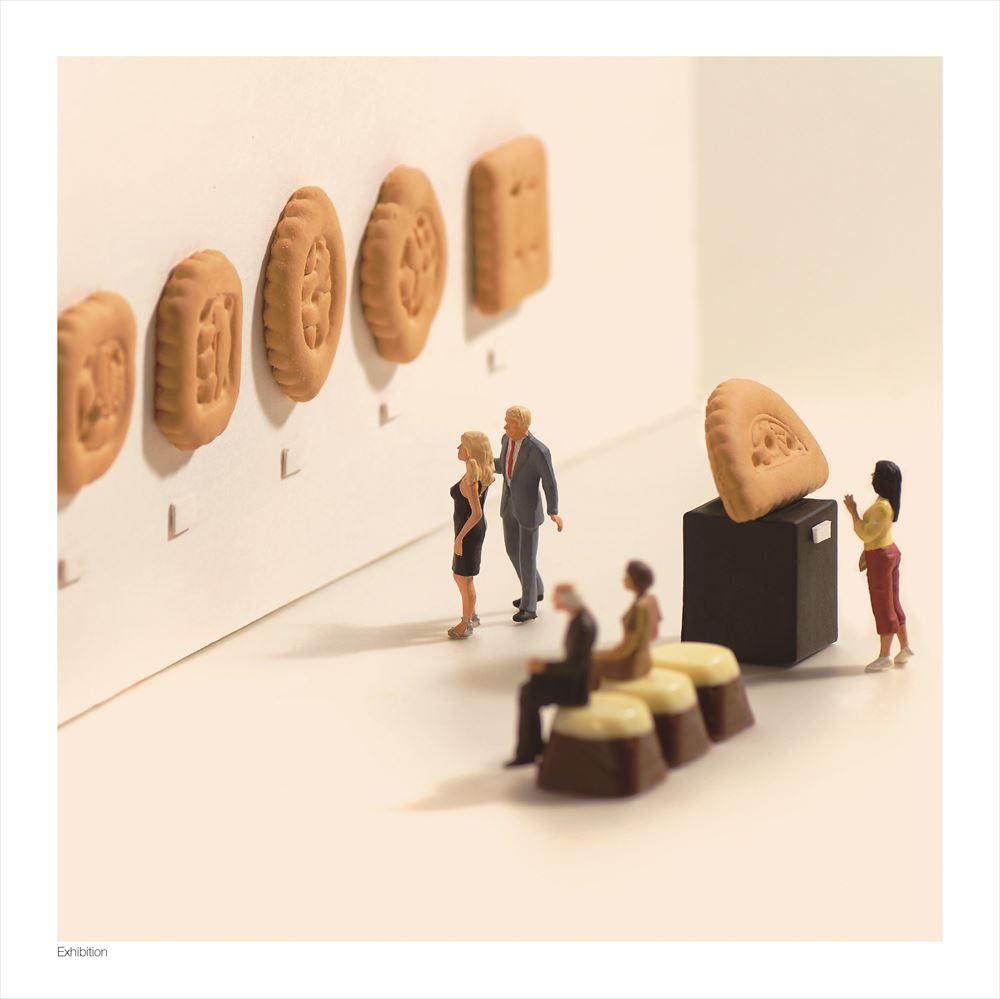Small Wonders - Life Portrait in Miniature (スモールワンダーズ) :ミニチュアカレンダー(本) 9784865050776