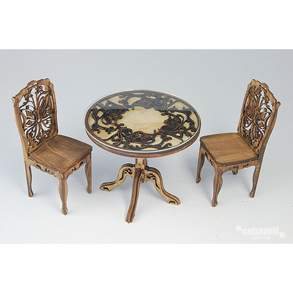 ヨーロッパのアンティークな机と椅子 :コバーニ 未塗装キット 1/12 WF-018