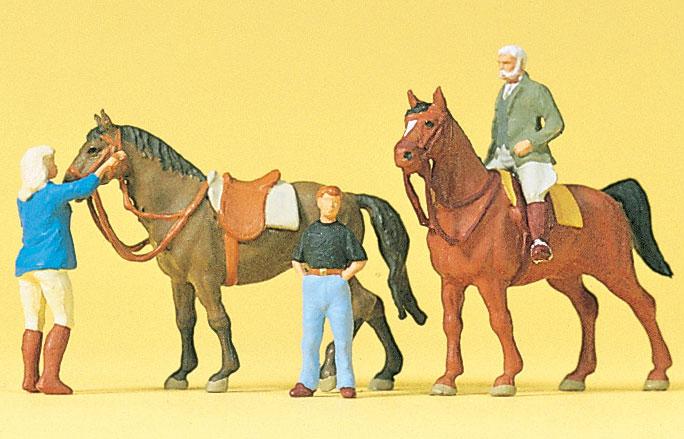 乗馬する人たち :プライザー 塗装済完成品 HO(1/87) 10503