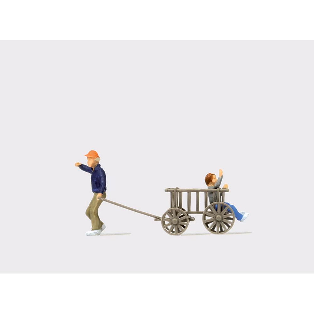 台車で遊ぶ子供たち :プライザー 塗装済完成品 HO(1/87) 28112