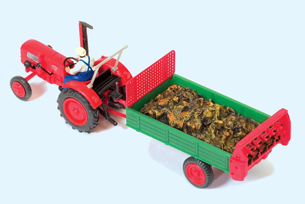 トラクターと肥料散布の荷車 :プライザー 塗装済完成品 HO(1/87) 17940