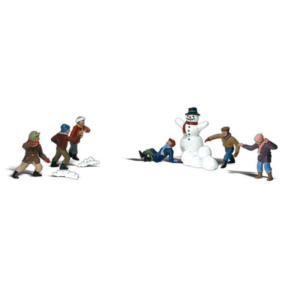 雪だるまと雪合戦の子供達 :ウッドランド 塗装済完成品 N(1/160) 2183