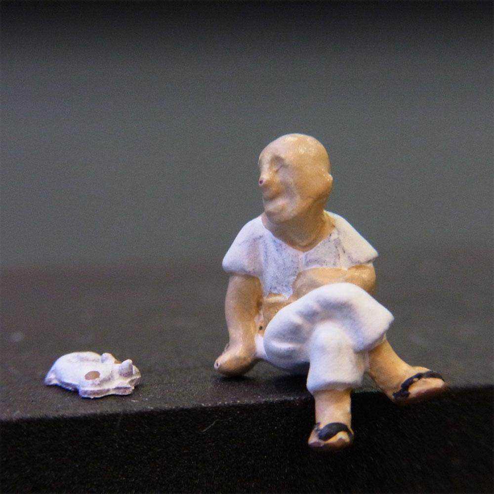 さかつう人形シリーズまなべコレクション 縁台将棋の男B (居眠り猫付き) :さかつう 塗装済完成品 HO(1/87) 7526