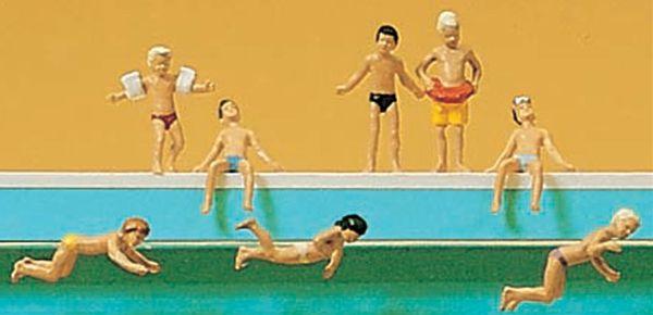 プールで遊ぶ子供たち :プライザー 塗装済完成品 N(1/160) 79091
