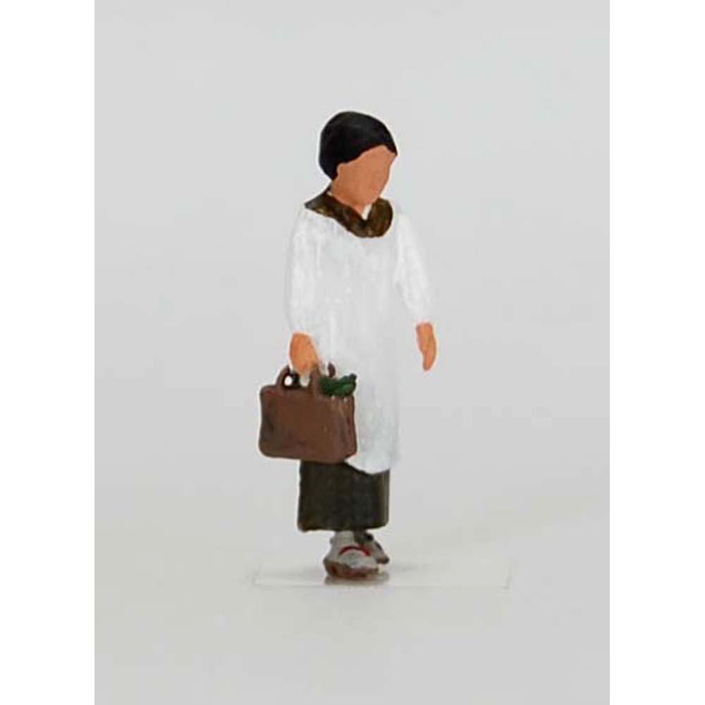 買物客 昭和の女性(割烹着姿) :Kt工房 塗装済完成品 HO(1/80) W04S-80