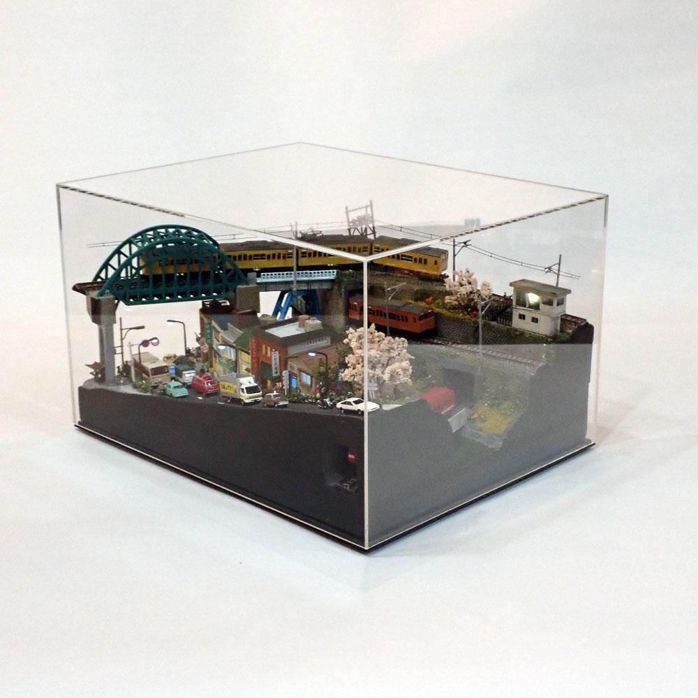 神田川と電車1 :石川宜明 塗装済完成品 1/150 スケール