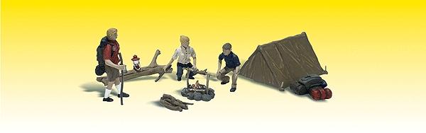 キャンプを楽しむ家族 :ウッドランド 塗装済完成品 N(1/160) 2199