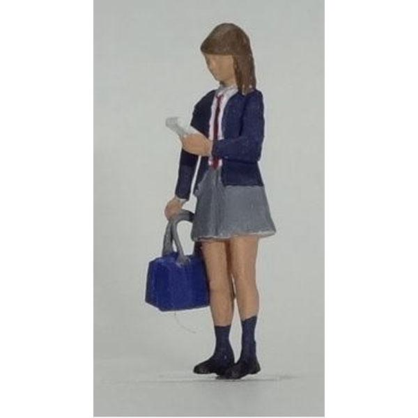 高校生 女子(現代版・スマートフォン) :Kt工房 塗装済完成品 HO(1/80) A03H-80
