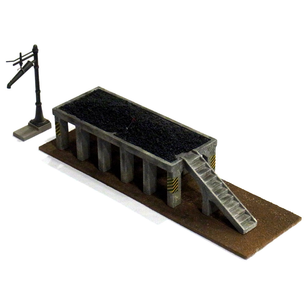 給炭台 コンクリート国鉄タイプ :工房ナナロクニ 塗装済完成品 1/80(HO) 1020