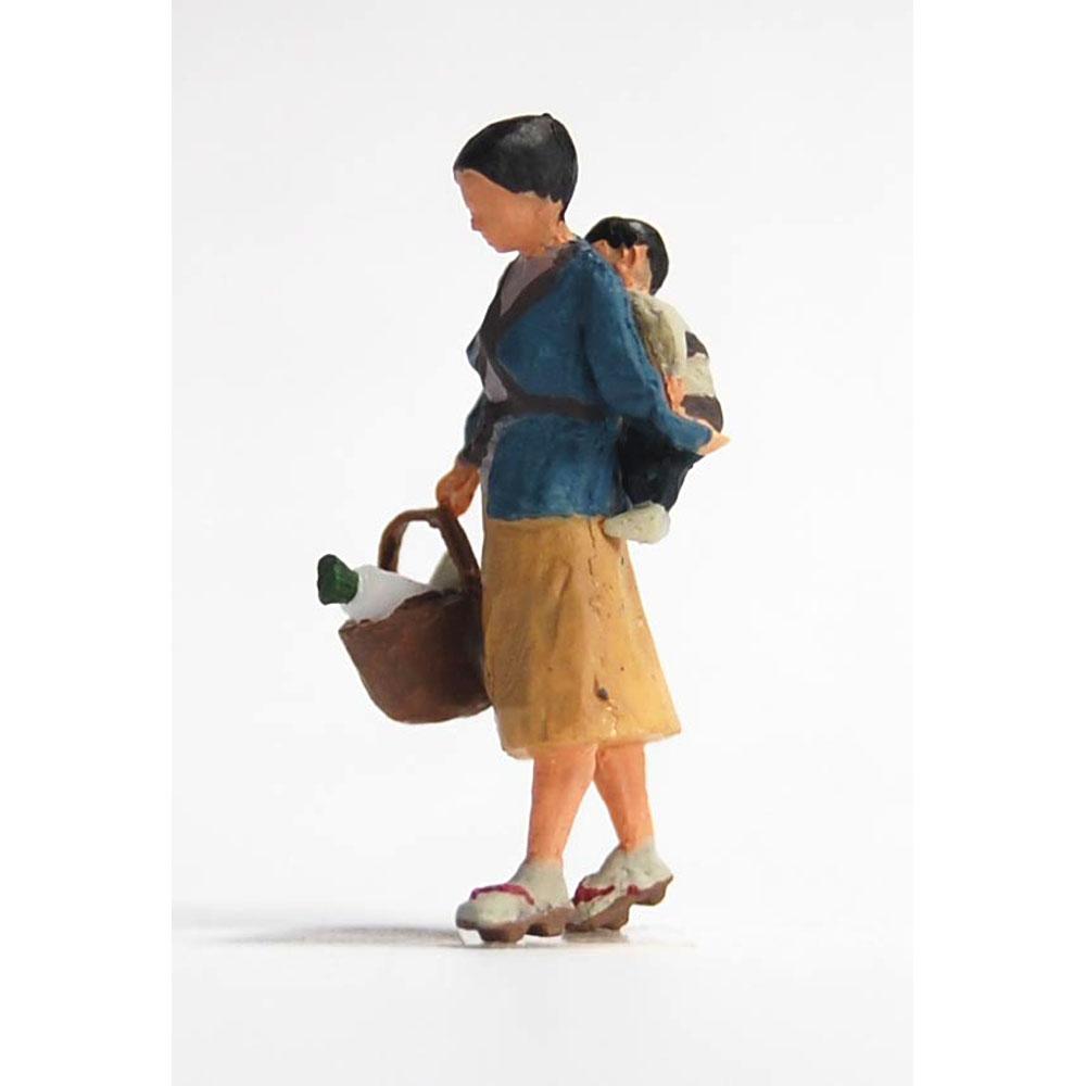 買物客 子供おぶったおばさん :Kt工房 塗装済完成品 HO(1/80) W01S-80