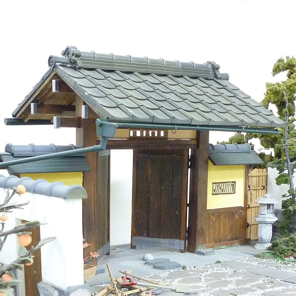日本瓦 鬼瓦(海津形)+巴瓦 各2個入り :フジヤ 未塗装キット 1/12スケール 102