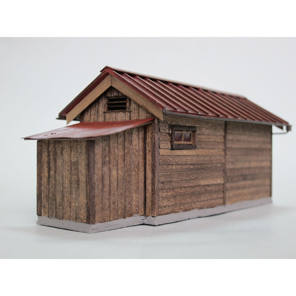 小さな倉庫(トタン屋根) :匠ジオラマ工芸舎 塗装済完成品 HO(1/80) 1004