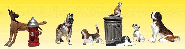 犬と猫 5匹ずつと消火栓、ごみ箱 :ウッドランド 塗装済完成品 N(1/160) 2140