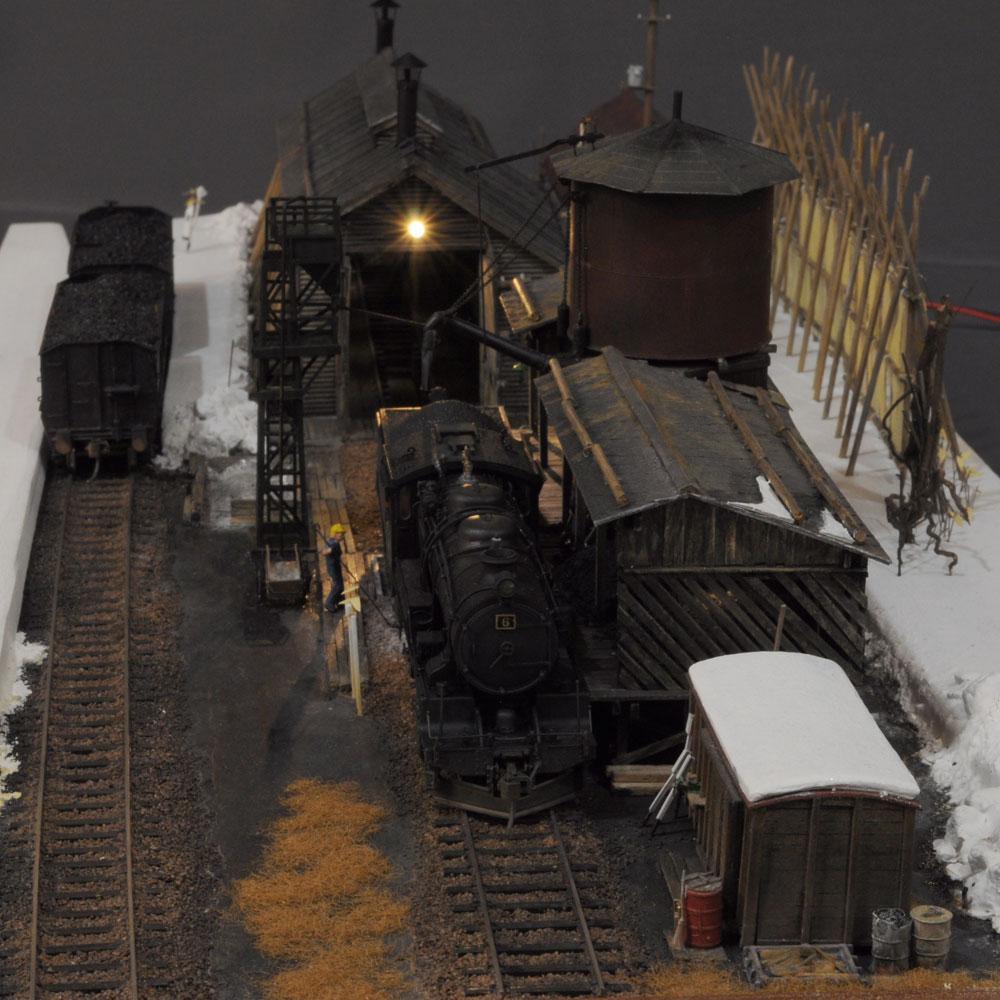「炭鉱鉄道 機関庫」 (車両付き) :西村慶明 レイアウトセクション作品 1/80scale