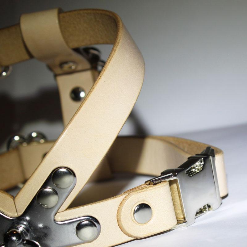 SAKURA DOGWARE ヌメ革 メタルバックル 胴囲31-46cm/約2-7kg 本革ハーネス
