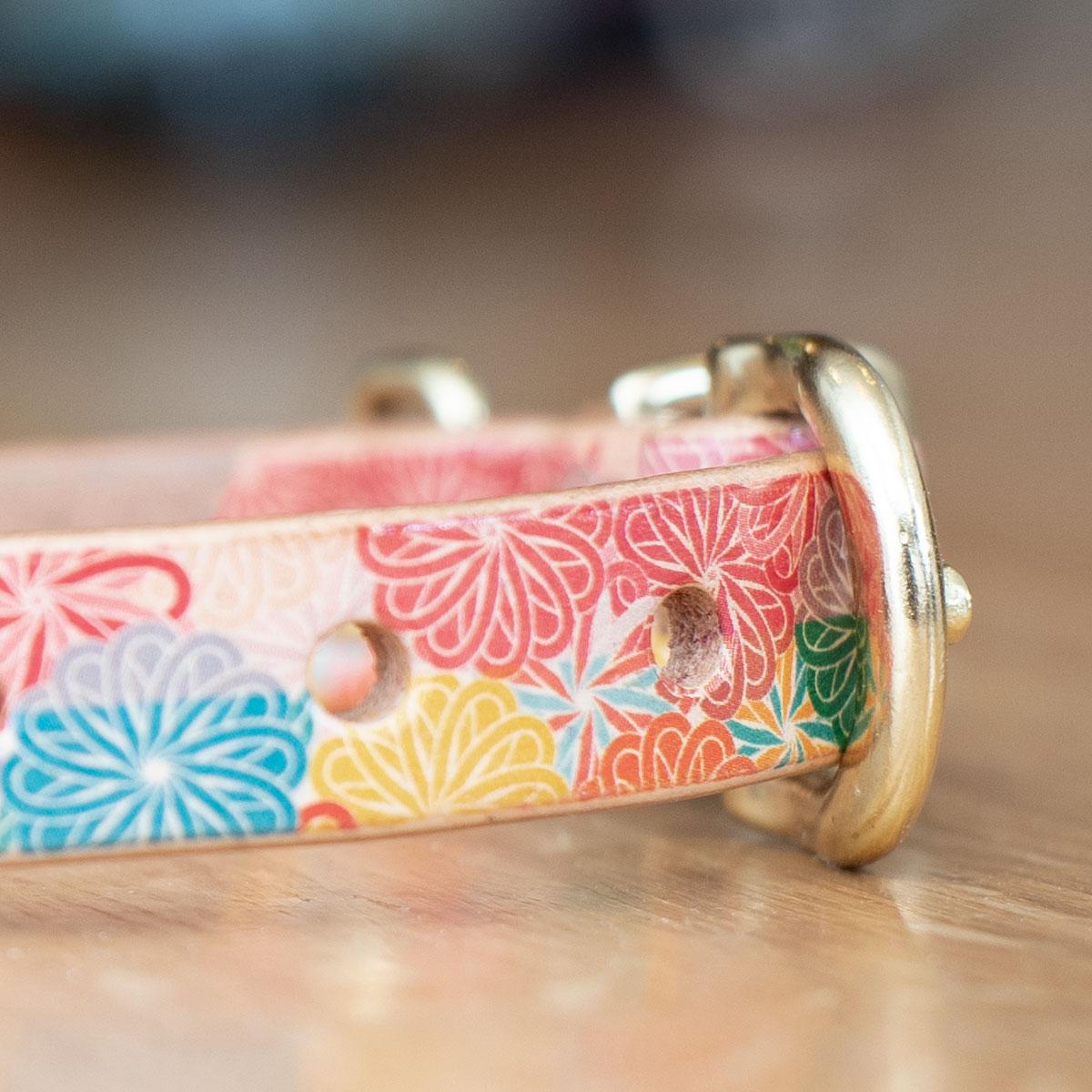 Framer アートなグラフィック本革首輪 菊柄文様 真鍮無垢金具 サイズSS〜L ベルト幅16mm #23468