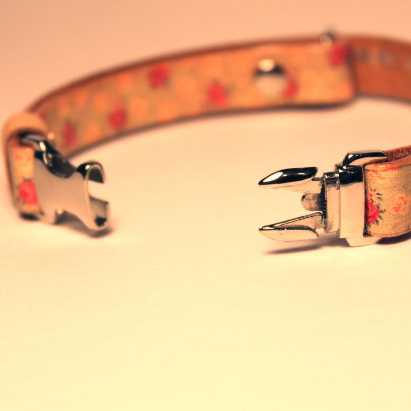 猫用Framer アンティークな風合い 本革首輪 ヴィンテージローズ模様 メタル危険防止金具 (首周り18-28cm) ##CT23012