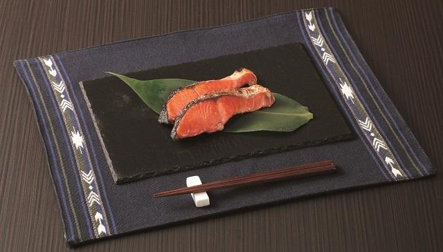 カナダ産天然紅鮭・姿切身(RBC50 0.7kg)