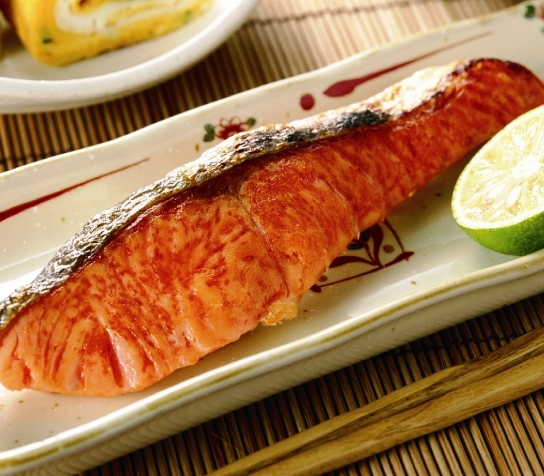 カナダ産紅鮭切り身・甘塩(2切れ入)
