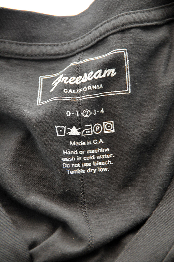 Freeseam V TEE   フリーシーム Vネックティ (BLACK)
