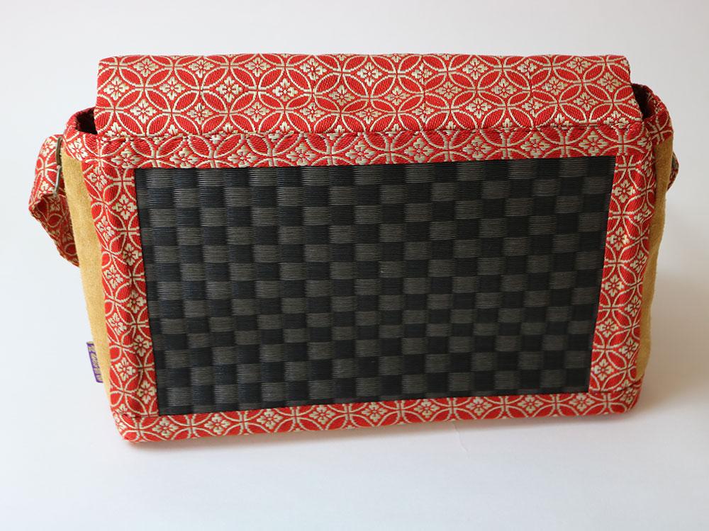 黒市松ビニール素材着物帯使用 赤