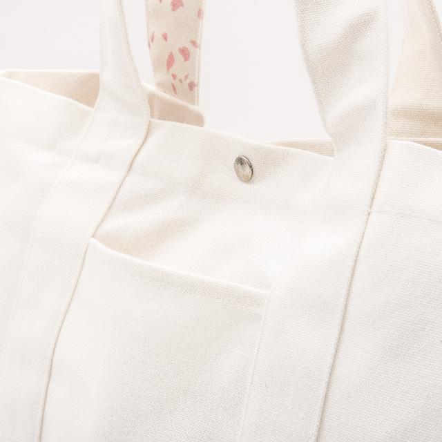 「布もの職人手作り」侍魂 江戸桜の大きめトートエコバック 侍魂×日本伝統布物工房 (白桜)