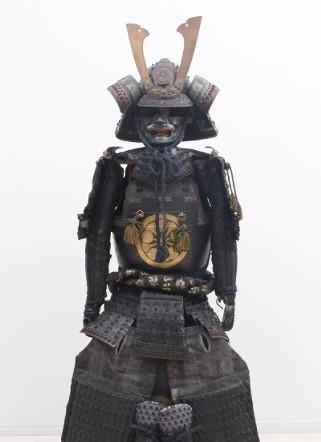 黒甲冑 剣梅鉢紋【骨董美術品・現品限り】