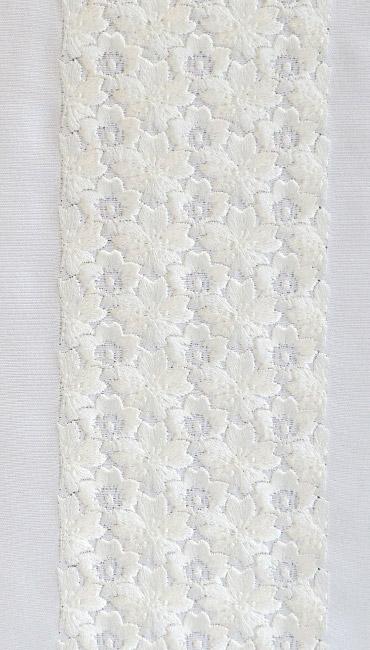 桜詰め 刺繍半衿 / 正絹・塩瀬 / 袷用 / 白地×白 桜詰め 刺繍半衿 / 正絹・塩瀬 / 袷用 / 白地×白 / 半襟