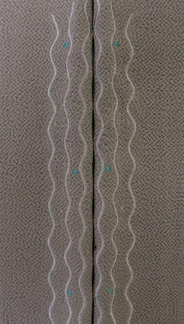 よろけに水玉 刺繍半衿 / 正絹縮緬 よろけに水玉 刺繍半衿 / 正絹縮緬 / 半襟