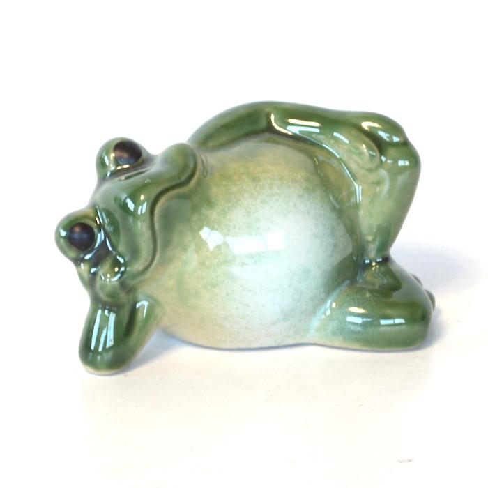 陶器 寝ころび蛙  カエル 福 幸運 幸福 縁起物 ご利益 オブジェ 置物 かわいい