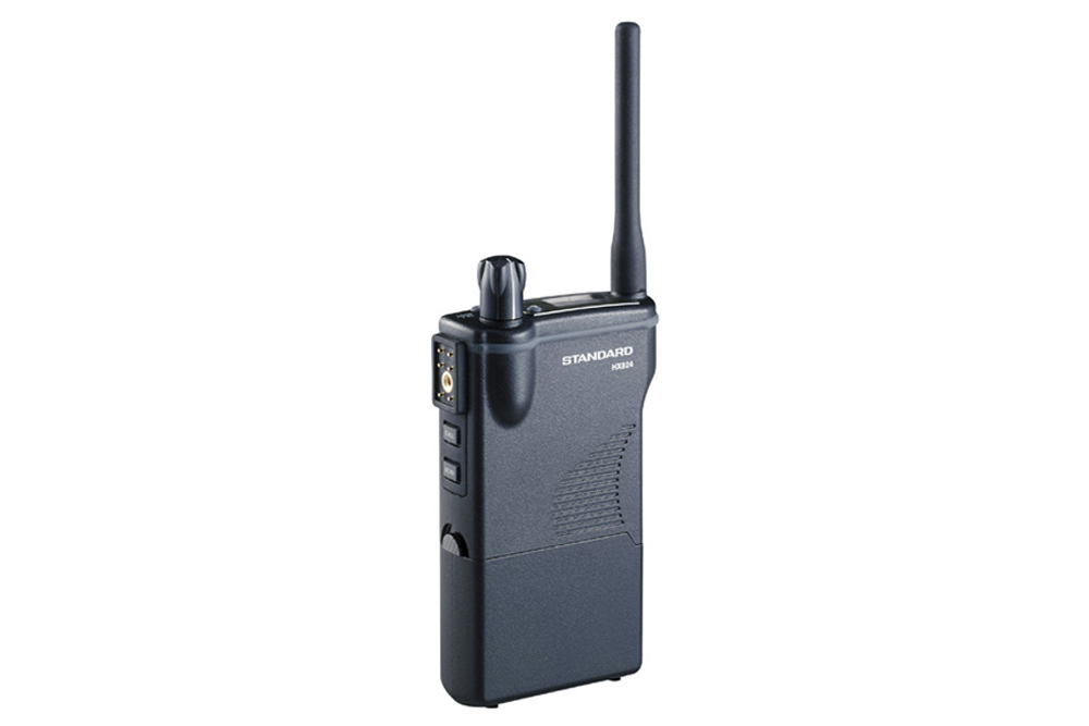 スタンダード 特定小電力無線 HX824